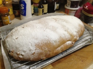 Stollen dusted